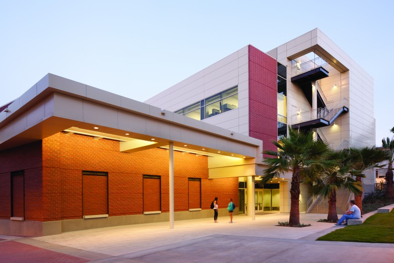 California State University Long Beach New Hall of Science