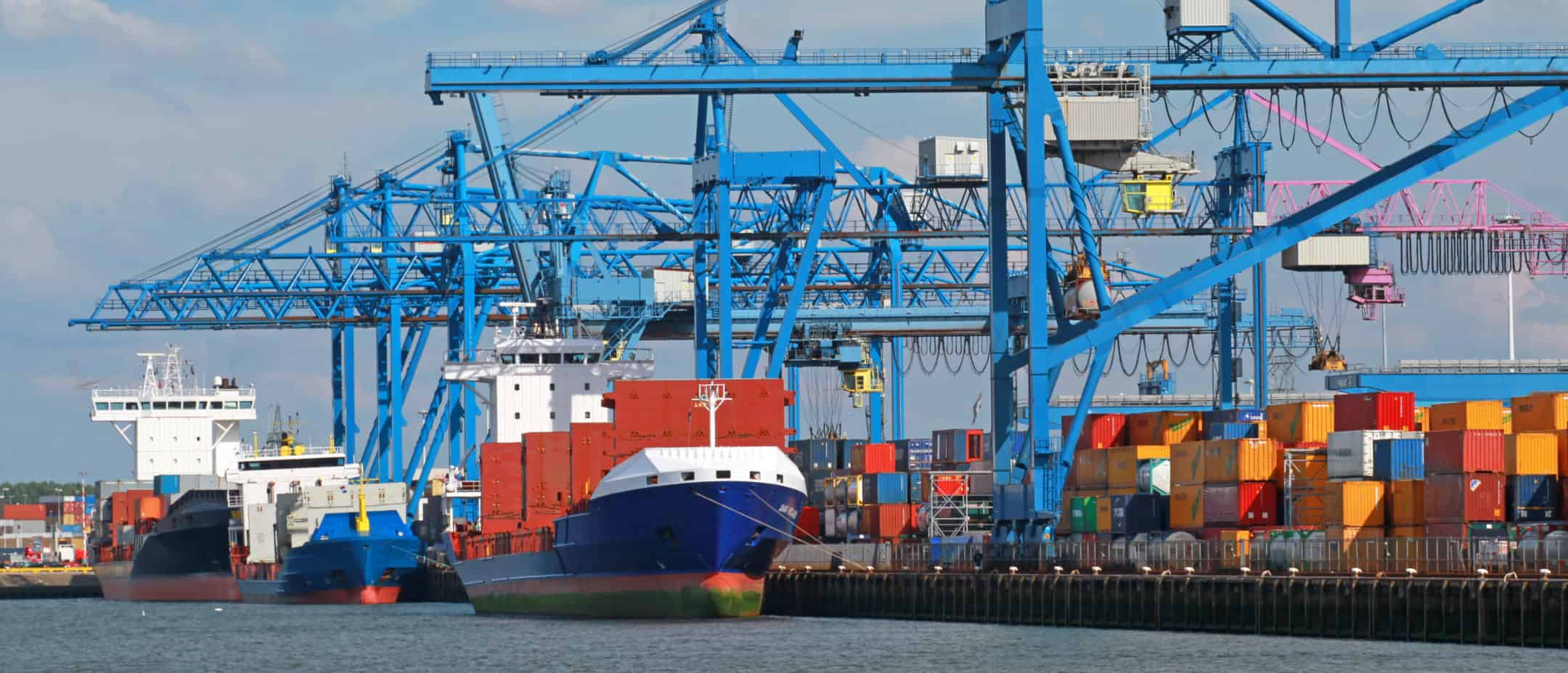 AECOM performed an environmental safety and due diligence assessment for a container terminal at the Port of Rotterdam