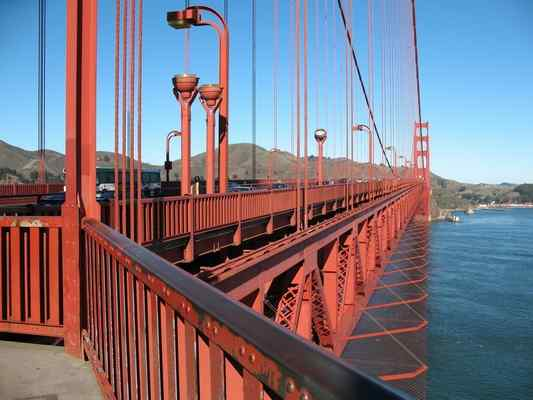AECOM (legacy Shimmick Construction) is installing an important new Physical Suicide Deterrent System (PDPS) on the Golden Gate Bridge.