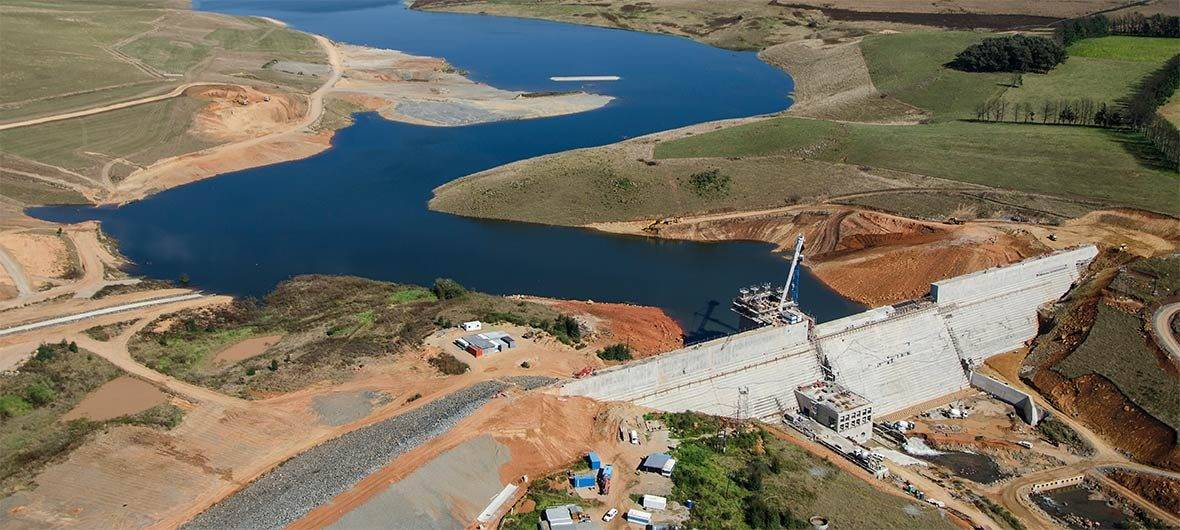 Aerial view of the dam under construction